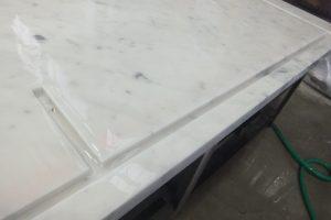 ビアンコカラーラ 丁寧な仕上り!小段加工&ガラス溝加工で完成!